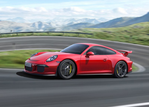 Geneva Motor Show 2013 Highlights_Porsche911GT33