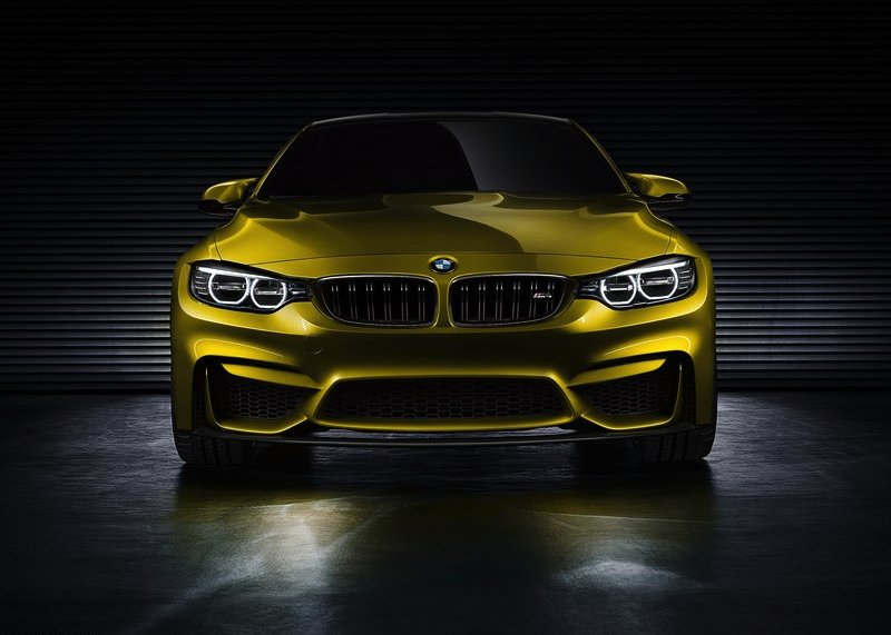 BMW-M4_Coupe_Concept_2013_800x600_wallpaper_05