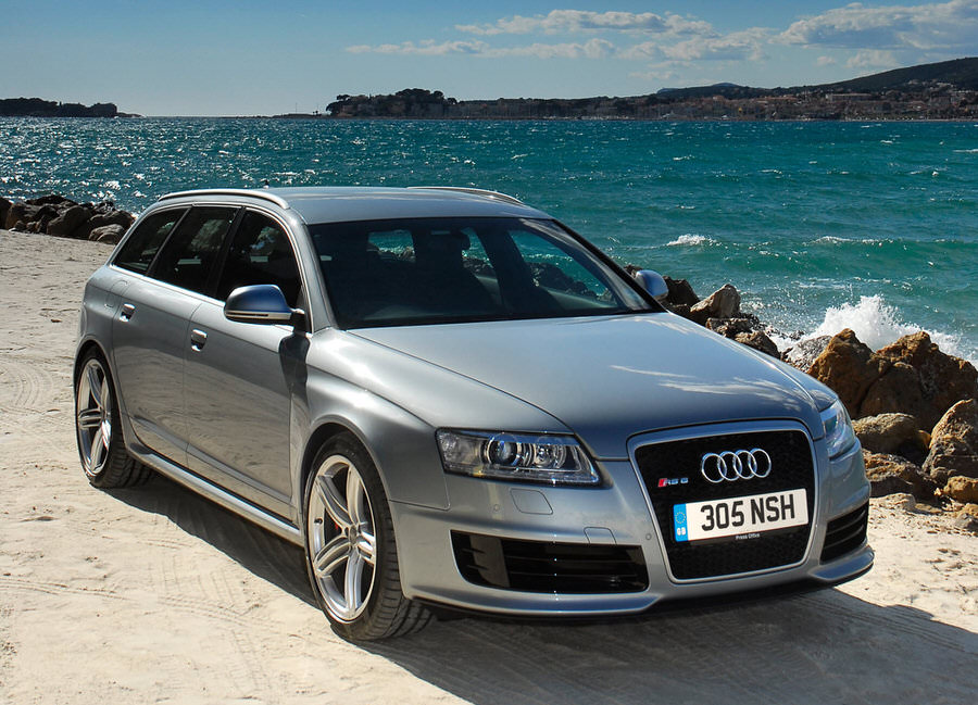 audi-rs6_avant_uk_version_2008_1600x1200_wallpaper_03-2